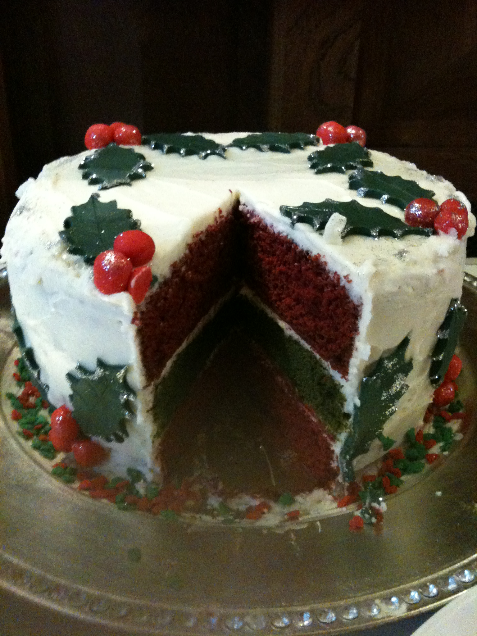 Green And Red Velvet Festive Cake With Cream Cheese